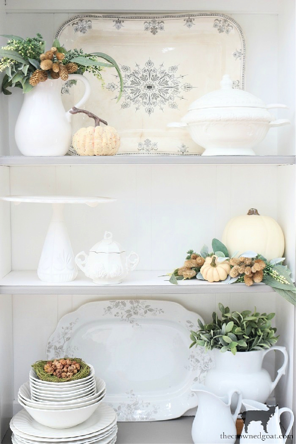 Decorating a Breakfast Nook Hutch with Pumpkins for Fall-The Crowned Goat
