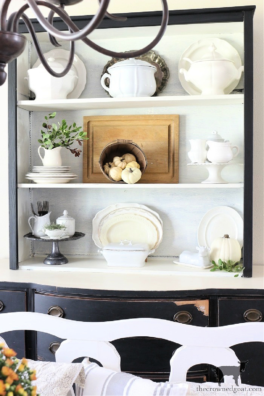 How to Decorate for Fall with Baskets-The Crowned Goat