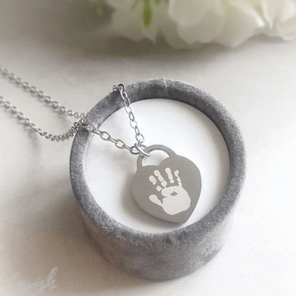 Tiffany style engraved heart necklace