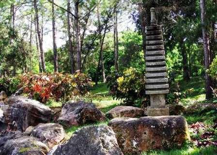 pagoda-jardin-japones-jardin-botanico-cuba