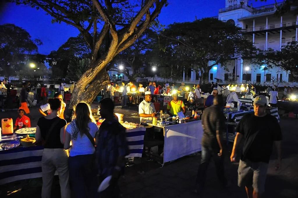 Food_Market,_Stone_Town_(10164244853)