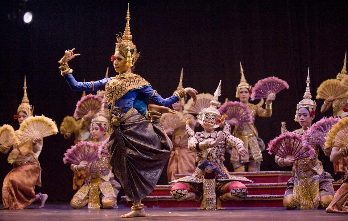 Image result for Театральных народных танцев cambodia
