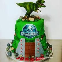 dinosaur cake, jurassic park cake, t-rex cake,
