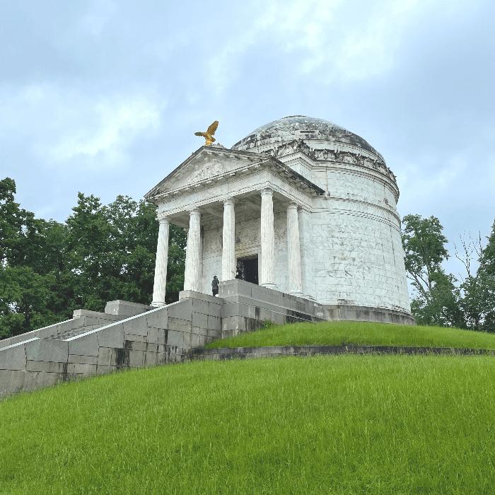 Illinois State Monument