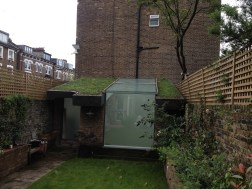 Greenroof build and plant in Archway, London