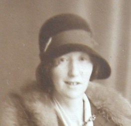 Florence Hogg Whitfield - known as Flossie/Florrie