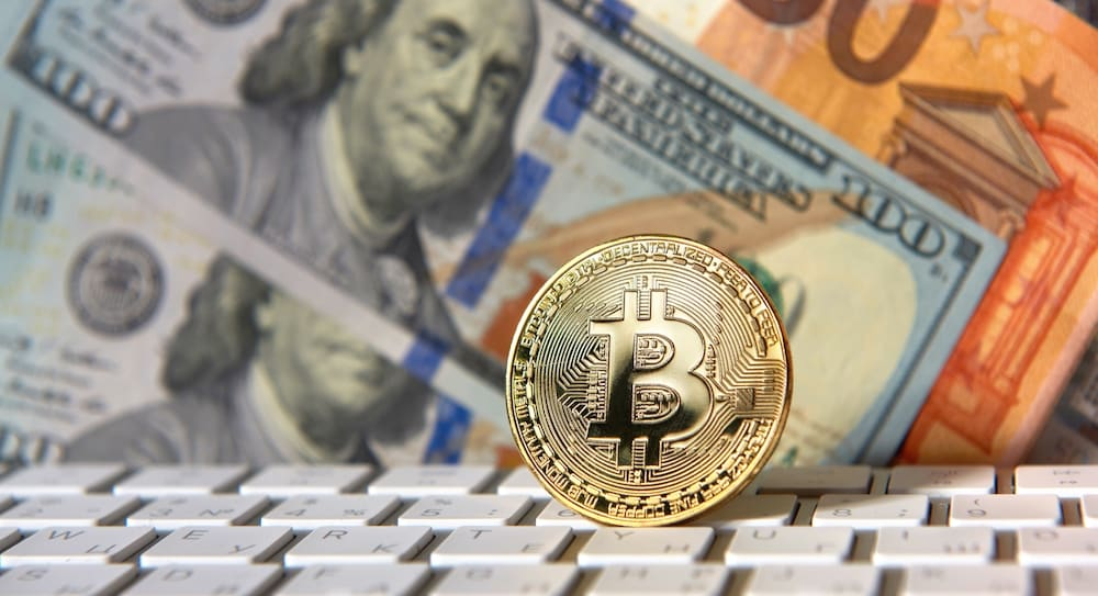 How Active Cryptocurrency Traders Can Save On Their US Taxes