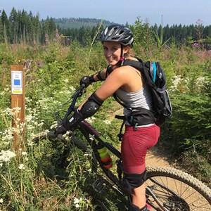 Ali Boudewyn - Mountain Biker