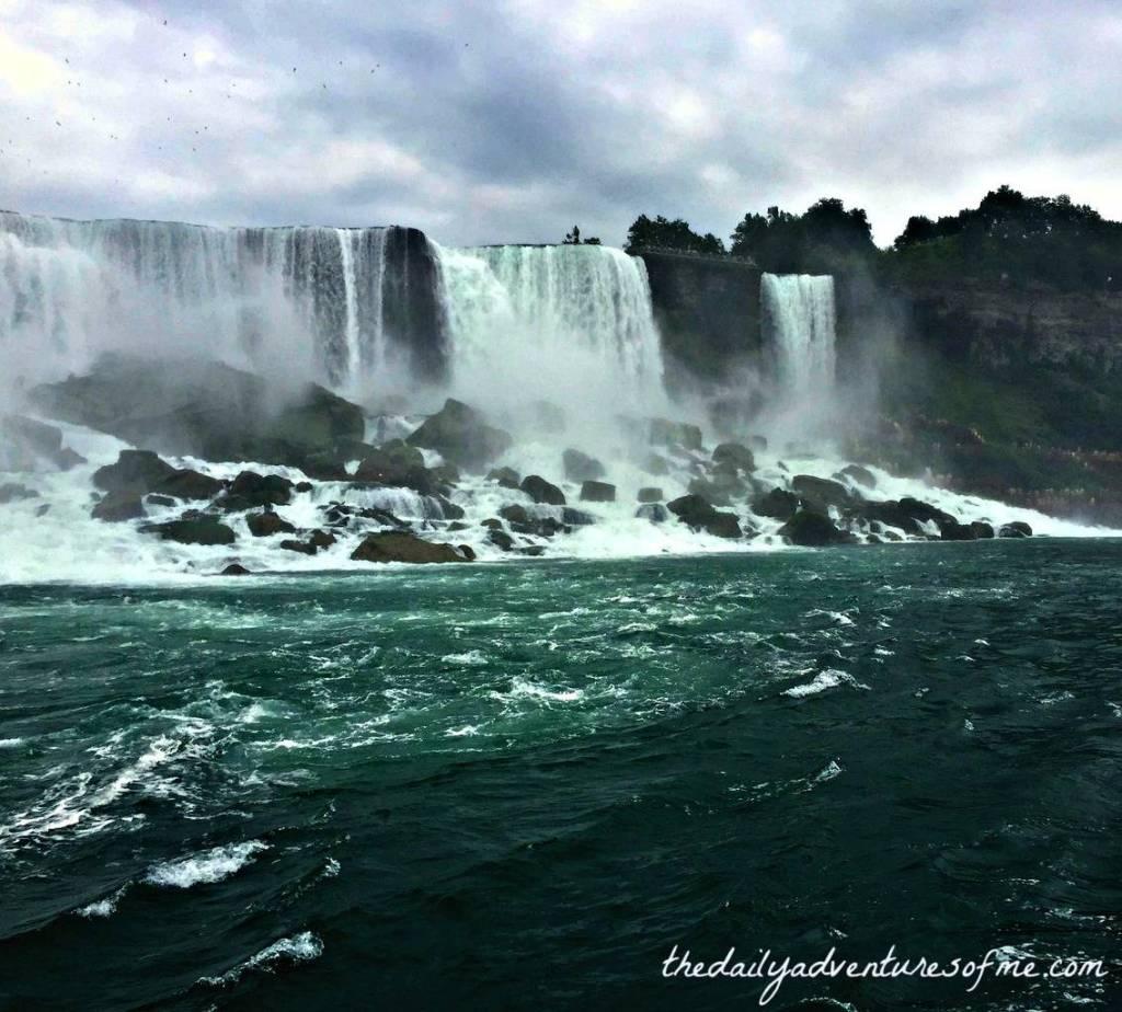 Fall in Niagara Falls, Ontario. www.thedailyadventuresofme.com