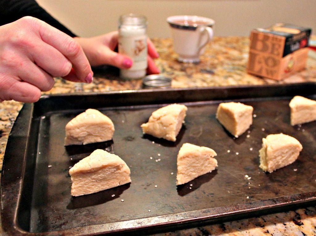 Bigelow Vanilla Chai Scones www.thedailyadventuresofme.com