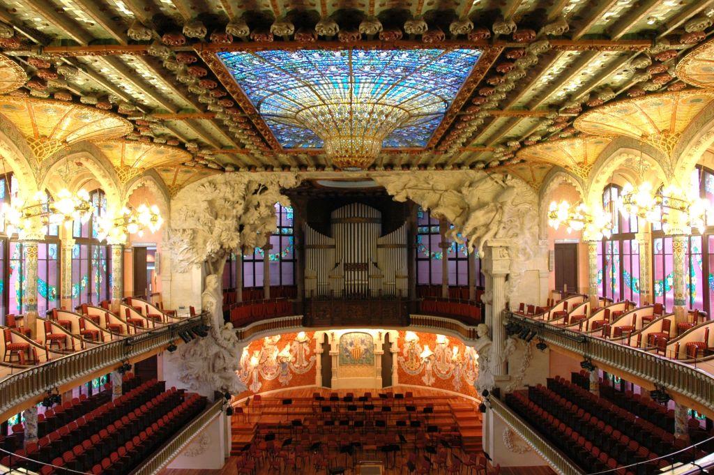 Unusual things to see in Barcelona, Spain thedailyadventuresofme.com