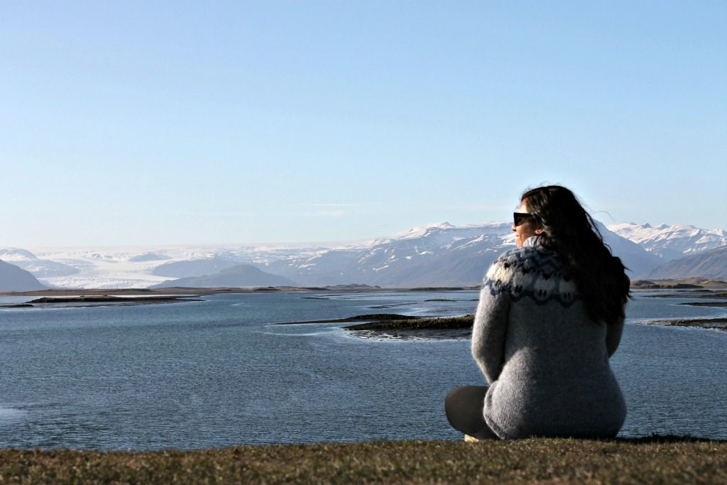 How to honeymoon in Iceland.