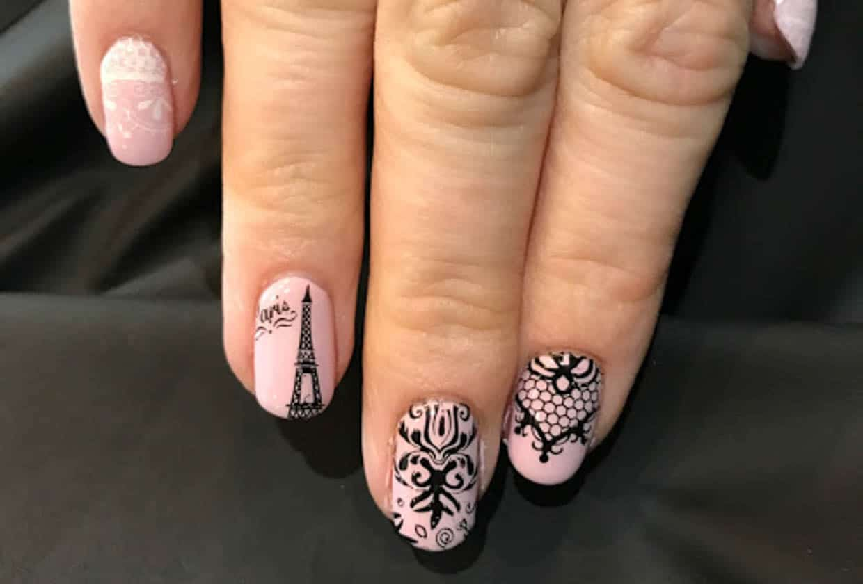 Fun Nail Designs for Travelers