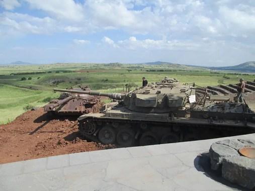 800px-pikiwiki_israel_31903_valley_of_tears_war_memorial_in_golan_heights