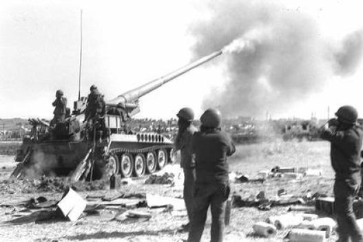 m107-long-range-175-mm-artillery-in-action-on-the-syrian-front