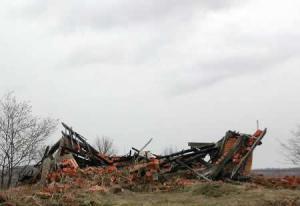 sreb-07-destroyedhouse