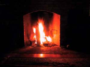 Glowing_Fireplace