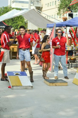 Cougars from all areas of the city came out to eat and play at the tailgating that proceeded UH's game against Grambling State. | Caitlin Hilton/The Cougar