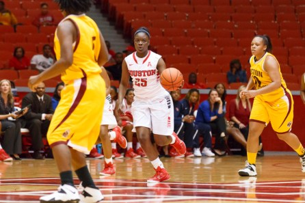 Freshman forward DeJah Joshua made her Houston debut in Sunday's win as she scored seven points in her effort. | Justin Tijerina/The Cougar
