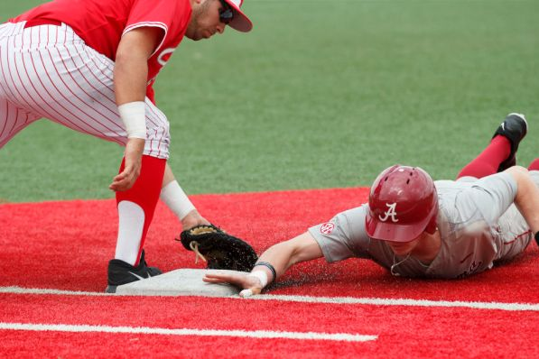 The Cougars took control of the series' first two games, but the Tide came out aggressively on Sunday to take the final win. | Justin Tijerina/The Cougar