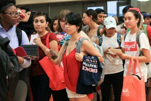 Organizations handed out swag items to try and promote events for the upcoming school year. | Catherine Lara/The Cougar
