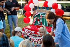 Zeta Tau Alpha and Pi Kappa Alpha collaborated to make a homecoming float from cans. | Photo by Justin Cross.