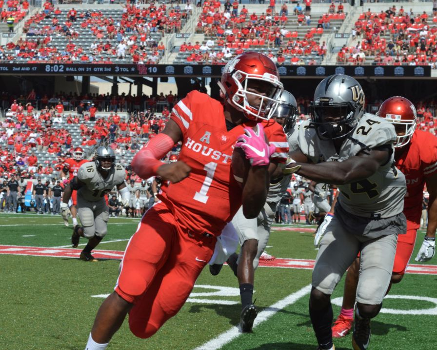 The comeback marks the third-largest come-from-behind victory in UH football history. | Ajani Stewart/The Cougar