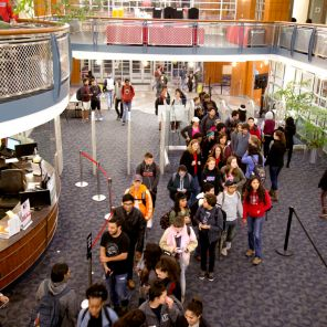 Finals Mania served pancakes and sausages to more than 1,500 students Monday night, although during Spring 2016's iteration of the event, the number reached a record 1,640 students. | Irina Alejandro/The Cougar