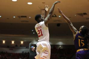 Redshirt senior guard Damyean Dotson struggled from beyond the arc, going 1-for-9. The entire team, however, went 10-25 (40 percent).   Thomas Dwyer/The Daily Cougar