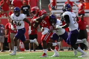 Sophomore running back Mulbah Car rushed for 29 yards and punched in one touchdown on the ground in relief of starter Duke Catalon. | Thomas Dwyer/The Cougar