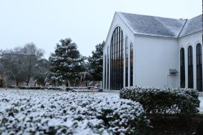Just after sunrise, campus residents awoke to a dusting of untouched snowfall. | Thomas Dwyer/The Cougar