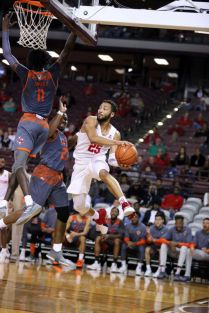 Senior Galen Robinson Jr. is in the top five in UH's all-time assist leaders. | Mikol Kindle Jr./The TSU Herald
