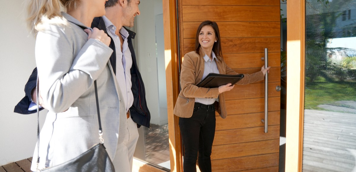 most common real estate scams
