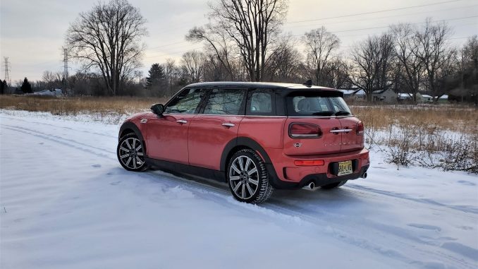 2020 Mini Cooper S Clubman Red Left Rear