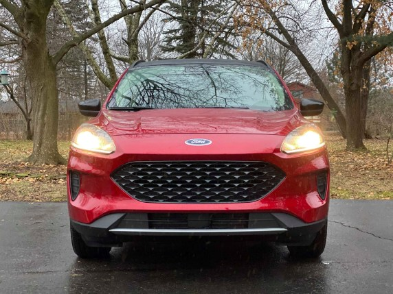 2020 Ford Escape hybrid red front