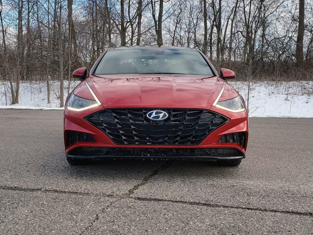 2020 Hyundai Sonata Red Grille