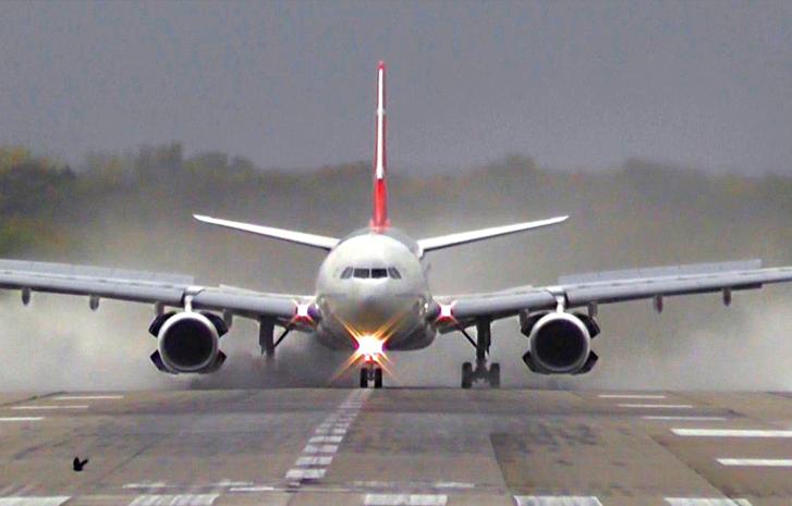 BREAKING: Emirates flight with 256 Nigerians from Dubai lands in Lagos 3