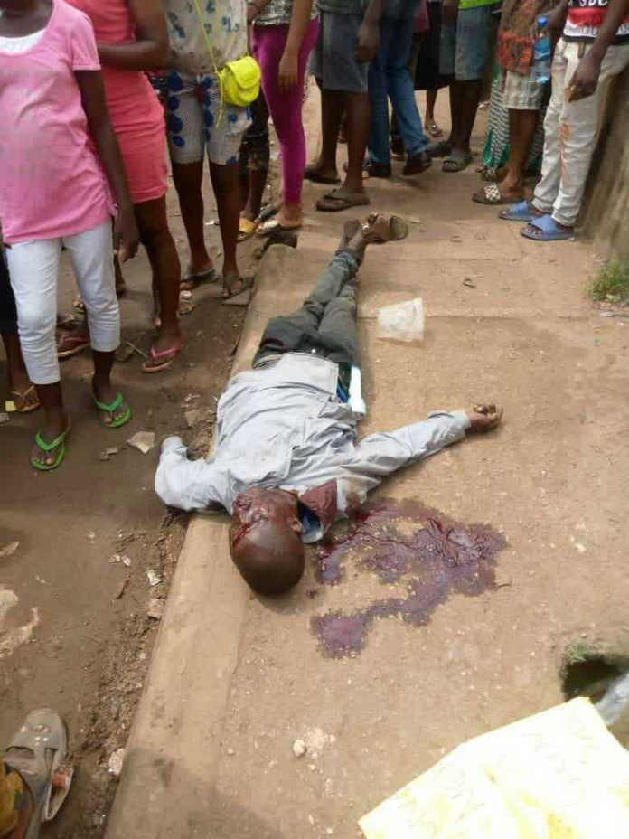 EndSARS: One dead, five badly injured as hoodlums attack protesters in Benin 1
