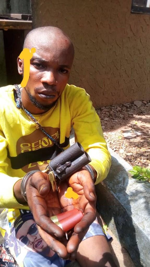 Man abandons ammunition in 'Ghana-Must-Go' bag, flees as Police arrest another 1
