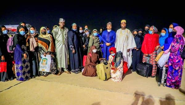 47 Nigerian female medical doctors return from Sudan 3