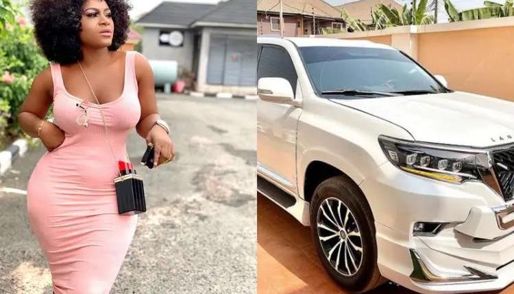 Destiny Etiko denies receiving Prado SUV from a married Businessman 3