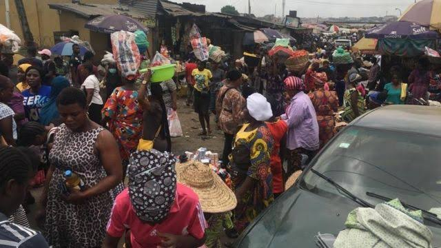 Abuja mobile court shuts markets, plaza for non adherence to COVID-19 protocols 3
