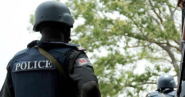 Again, gunmen attack police station in Aba, kill two officers 3
