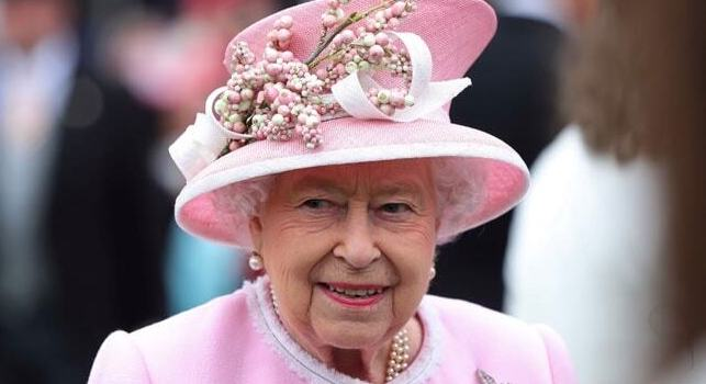 Queen Elizabeth finally reacts to Meghan Markle's racism claim 3