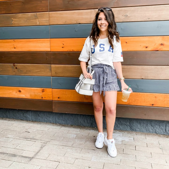 how to style summer shorts up and down 15
