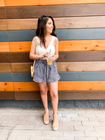 how to style summer shorts up and down 17