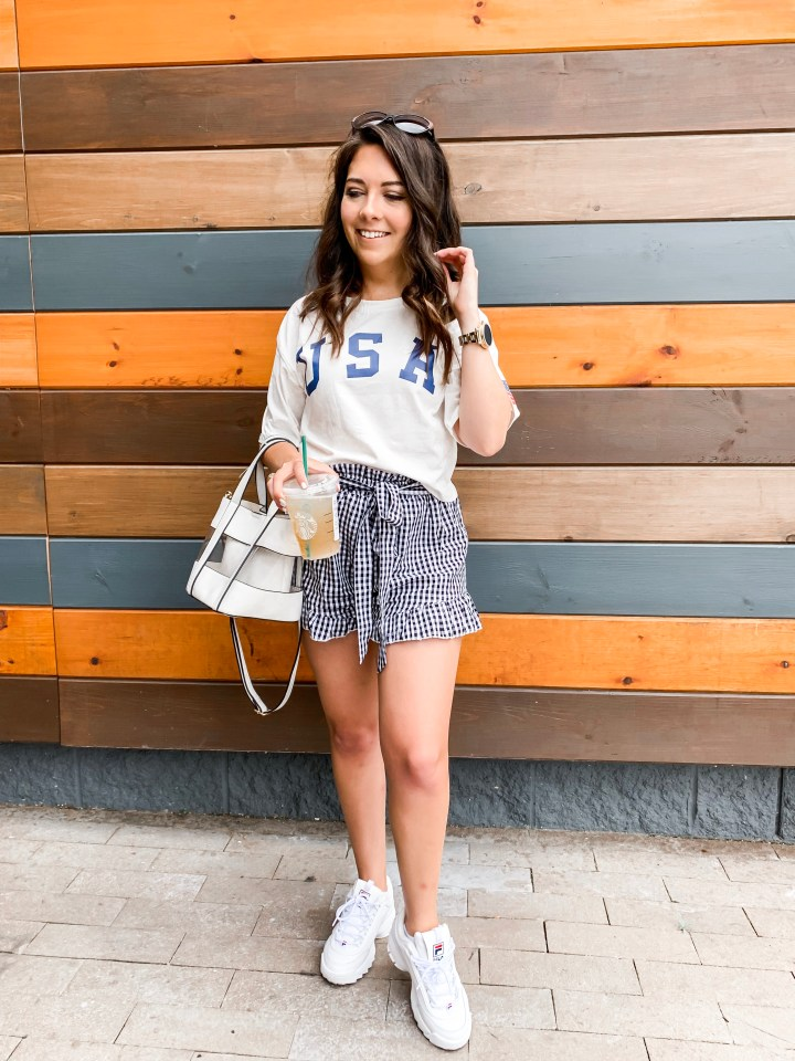 how to style summer shorts up and down 8