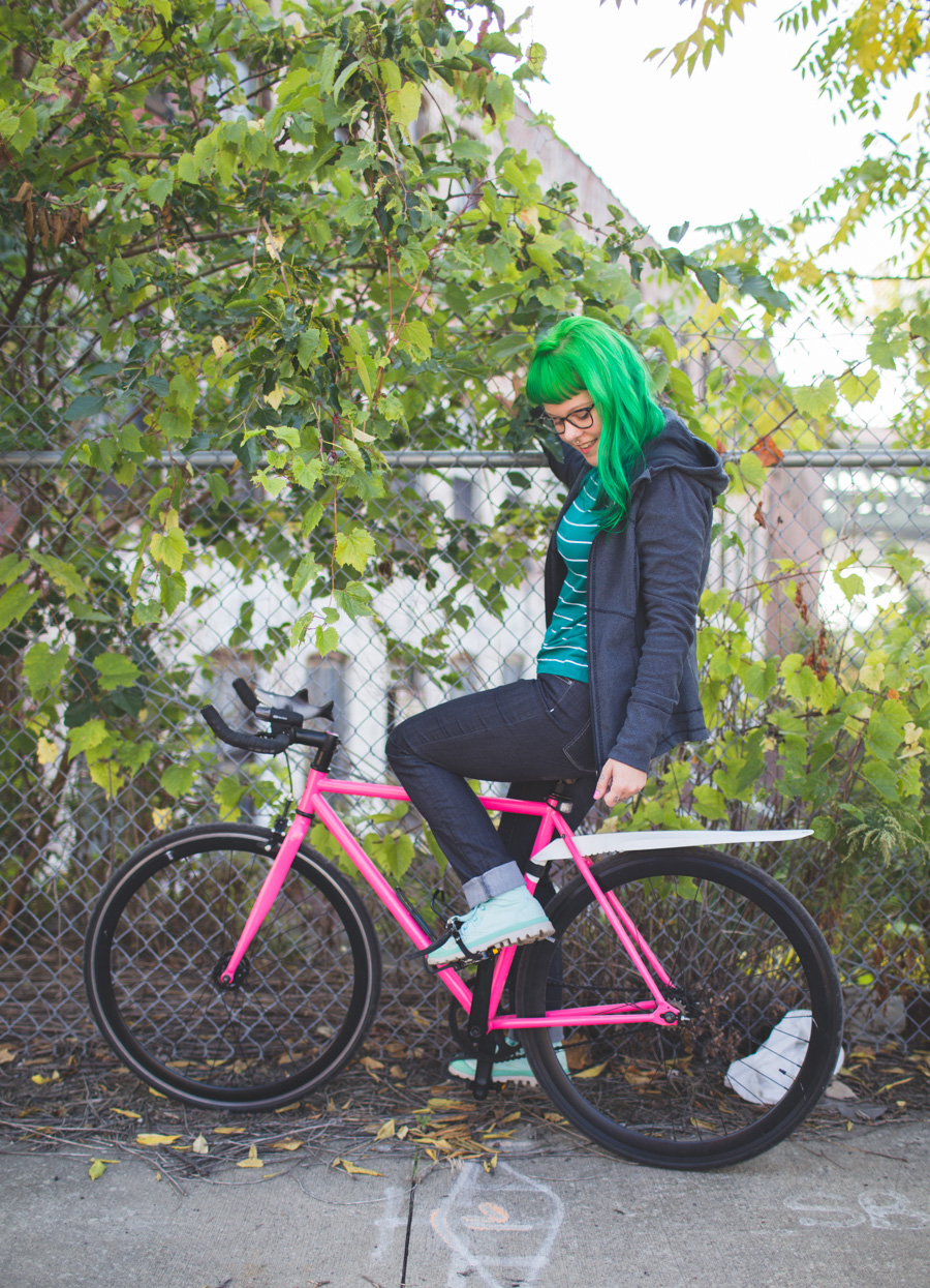 cleveland blog, kaylah doolan, the dainty squid, state bicycle co, green hair