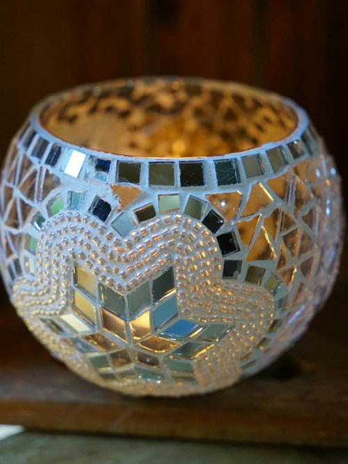 White 11cm mosaic candle holder day candle on vertical
