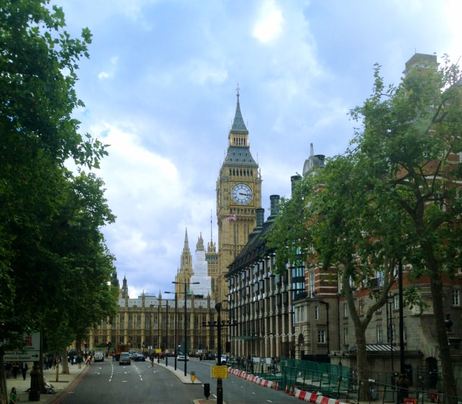 London 8-min